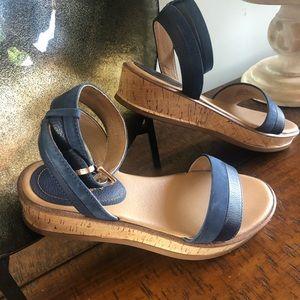 Lucca Lane platform navy sandals size 8